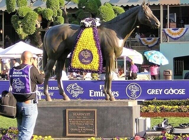 Seabiscuit statue at Santa Anita